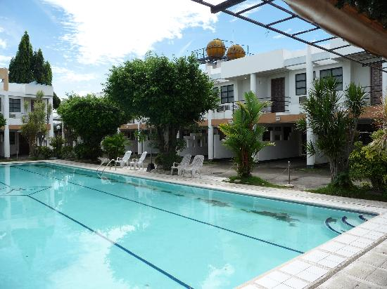 Pool picture of middleton apartelle cagayan de oro - Apartelle in davao city with swimming pool ...