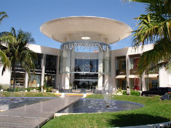 Luxury Mall - Picture of Cancun, Quintana Roo - TripAdvisor