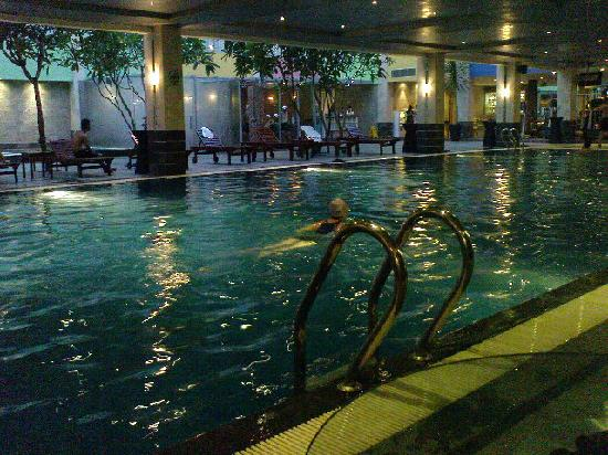 Indoor swimming pool picture of fm7 resort hotel jakarta jakarta tripadvisor for Indoor swimming pool in jakarta