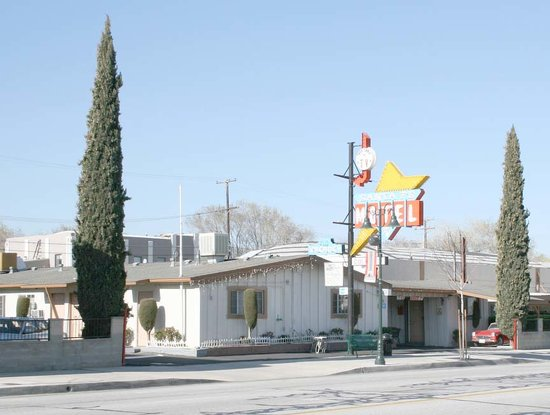 Photo of Santa Fe Motel Tehachapi