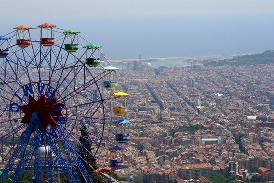 Barcelona, Spain: Ferris Wheel