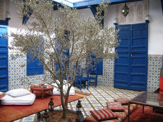 Riad El Az: lovely couryard