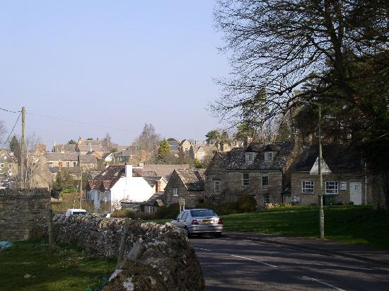 Charlbury, UK: and walking...