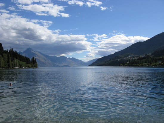 Queenstown, New Zealand: Lago