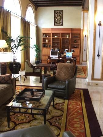 The Sainte Claire: Elegant sitting room off the lobby.  Public Mac and PC computers.