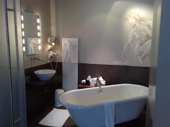 cool looking bathroom picture of hotel harmony ghent