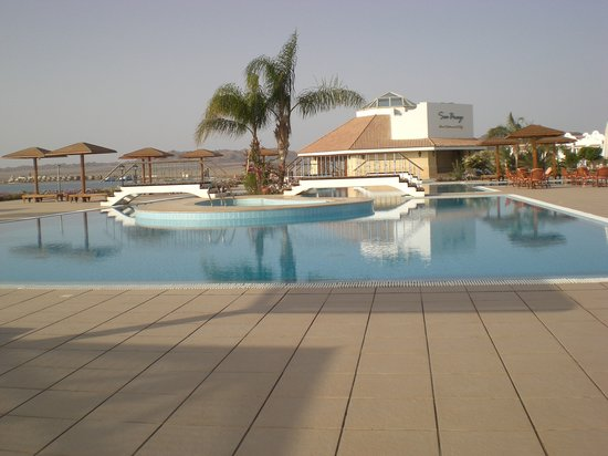 Lahami Bay Resort: la piscina