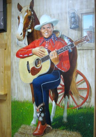 essay on the gene autry museum Nestled in the small southern town of gene autry, the gene autry oklahoma museum houses the largest private b-western collection on display in the united states.