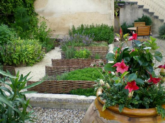 Jardin Aromatique Photo De Maubec Luberon Tripadvisor