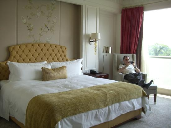 Grand Deluxe king bed Picture of The St Regis Singapore