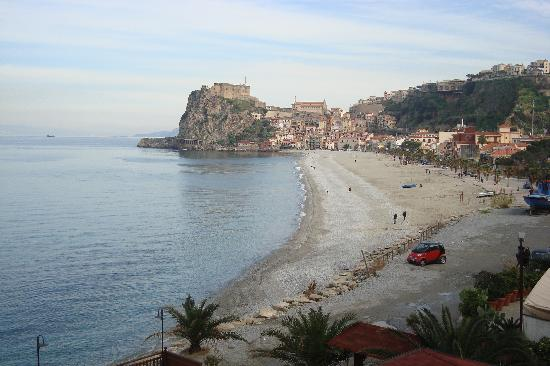 Paesaggio invernale a Scilla
