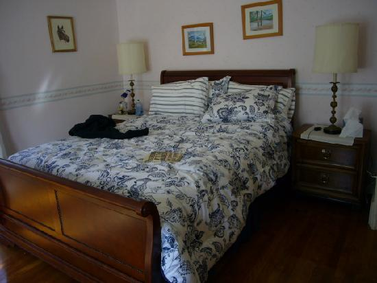 Suzanne's B&B: Our wonderful bedroom!