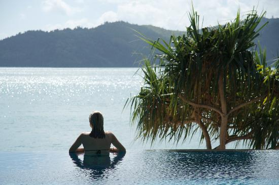 Qualia Resort: The pool is amazing.