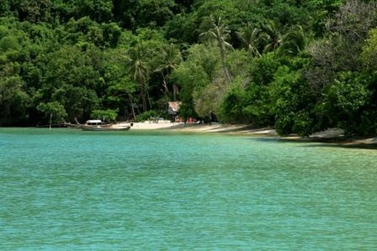 Phuket, Thailand: L&#39;le de Ko Lone , dans la baie de Chalong