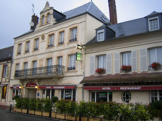 Photo of Hotel du Saumon Verneuil-sur-Avre