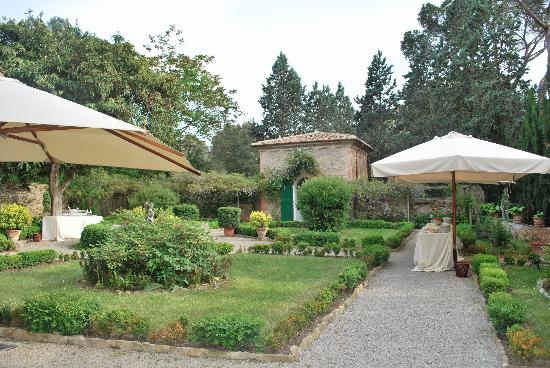Villa Le Mura: the most gardens