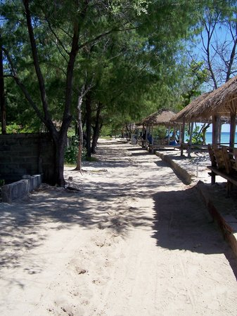 Gili Trawangan, Indonesia: main street on northern end of island