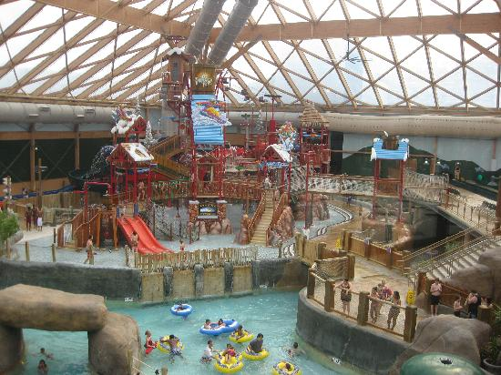 Massanutten Resort: Waterpark from observatory