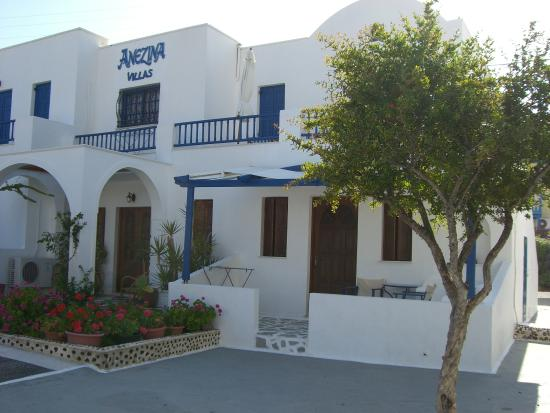 Anezina Villas
