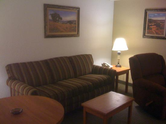 Drury Inn & Suites Austin North Photo