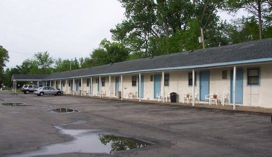 ‪Apple Valley Motel‬