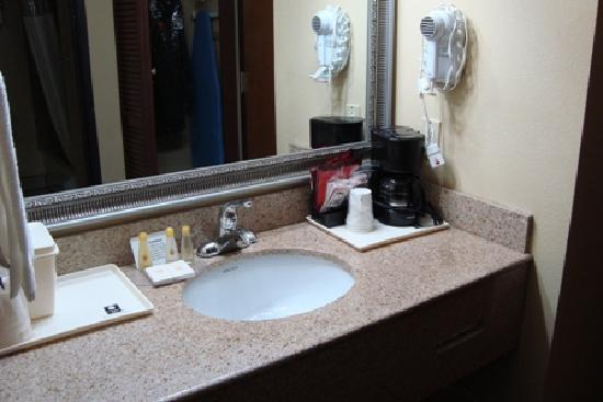 Comfort Inn: separate vanity - a tad small in our room; but, in other rooms it was larger (longer)