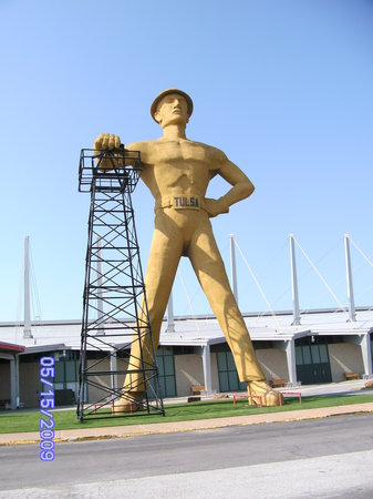 Tulsa, Оклахома: Golden Driller