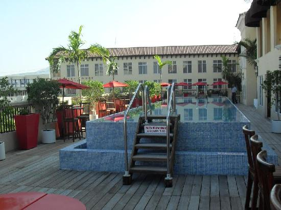 The Spanish Court Hotel: Picture of Pool