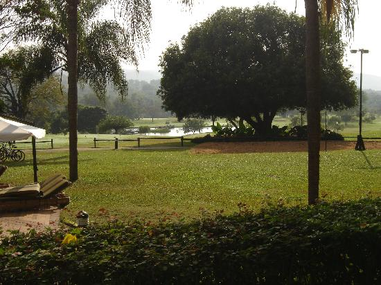 Hazyview, Южная Африка: View of the golf course from Reception