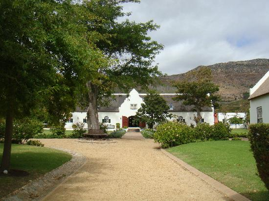Steenberg Hotel: View from the Garden towards main reception