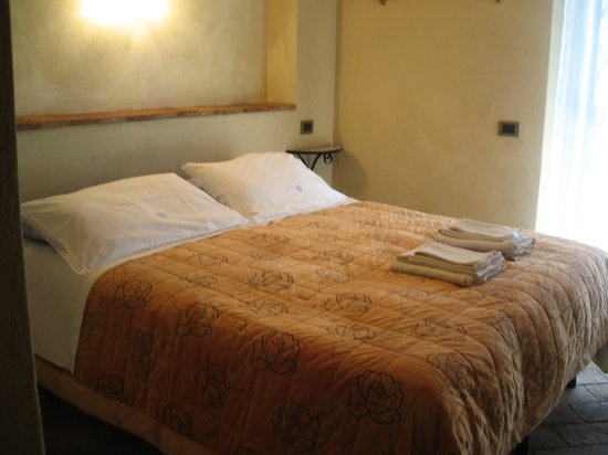 Palazzo a Merse B&amp;B: our room