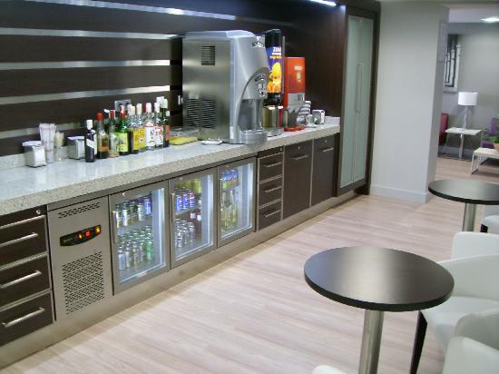 Pictures Of Club Rooms At Flamingo Oasis Hotel Benidorm