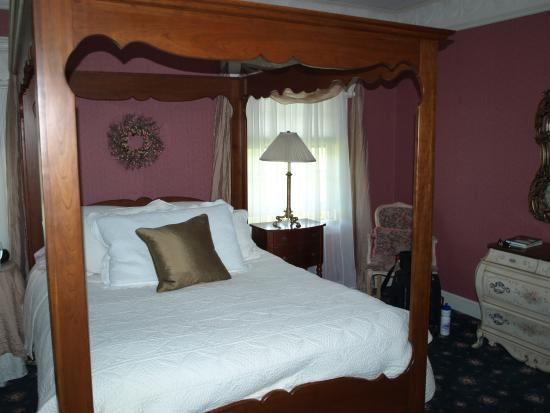 Meadows Inn Bed and Breakfast