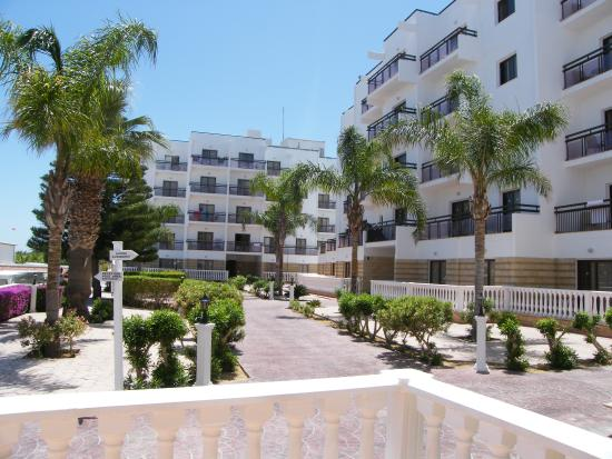 Marlita Beach Apartments