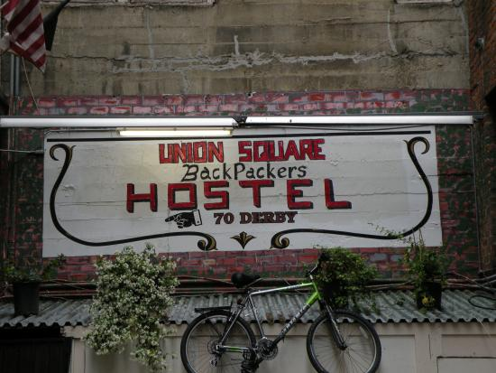 Union Square Backpacker's Hostel: Exterior