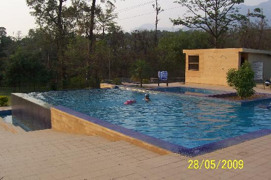 Country Inn & Suites By Carlson, Vaishno: View of the swimming pool
