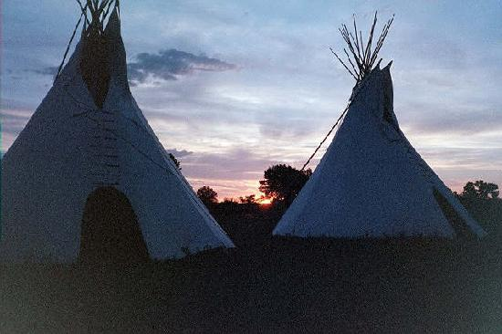 7th Ranch RV Camp &amp; Historical Tours: Sunset on the Little Bighorn