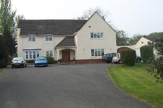 Llanwern, UK: The Guest House