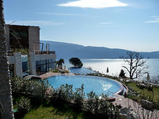 Lefay Resort And Spa Lago di Garda: Vista esterna  piscine