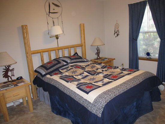 Desert Hills Bed and Breakfast : Sunset Room