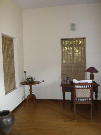 Motty's Homestay: Room