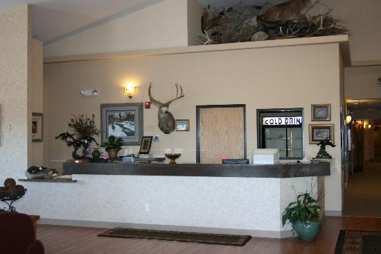 North Park Lodge: Front Desk