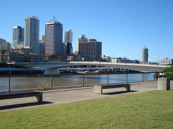 ‪بريسبان, أستراليا: Brisbane skyline from South Bank‬