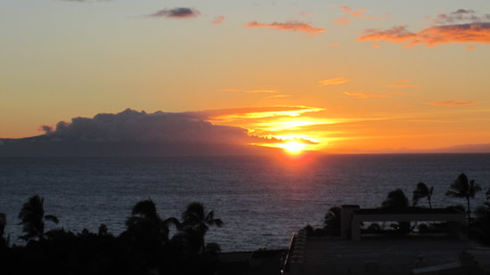 Wailea Beach Villas: Sunset at our condo