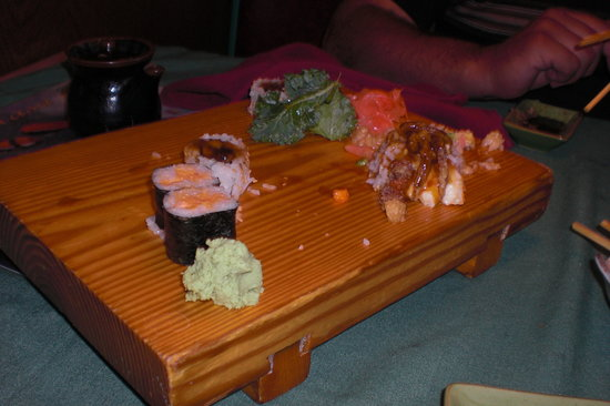 Sushi Masa: We had devoured most of the sushi by now!
