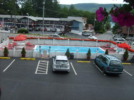 Econo Lodge Downtown: The pool