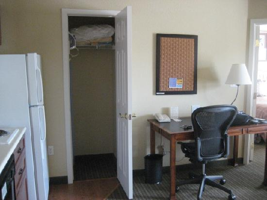 HYATT house Pleasant Hill: Desk & storage closet (with iron & board)