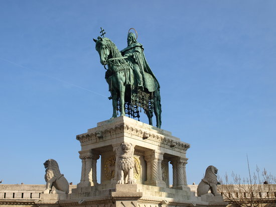 Budapeszt, Wgry: St. Stephen&#39;s Statue, Fisherman&#39;s Bastion