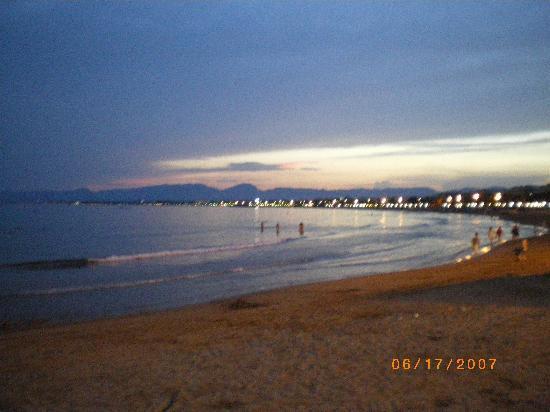 Hotel El Paso PortAventura : SALOU BEACH, SUNSET 