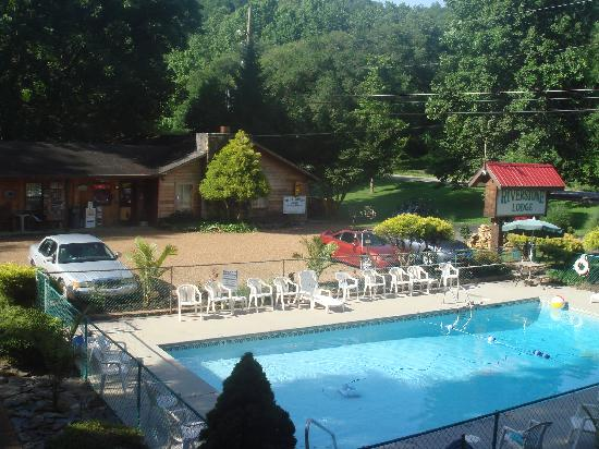 Townsend, TN: Riverstone Lodge